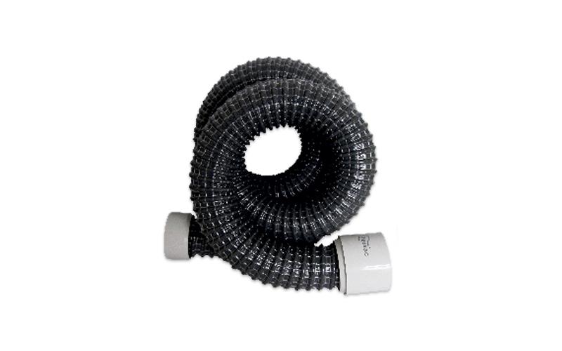 Flexible connecting hose for automatic dustpans